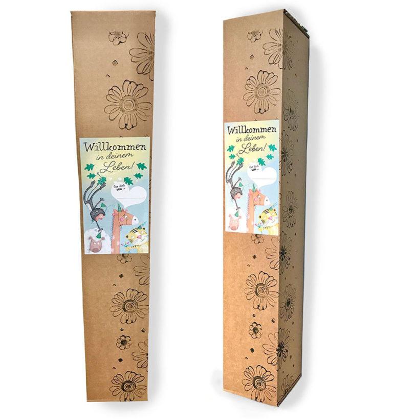 Das Treuherz Starterpaket aus Österreich ist ein sinnvolles Geschenk zur Geburt und besteht aus einer Postermesslatte und einer liebevollen Verpackung mit dem Aufkleber Willkommen in deinem Leben, ein bleibendes Geschenk für Babys